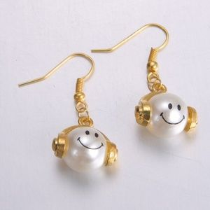Jewelry - Cute Smiley Face Earrings